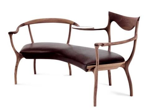 Elegantna Drvena Sofa