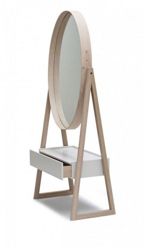 Toaletni Stol Iz Pincha