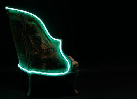Neonske Stolice I Fotelje