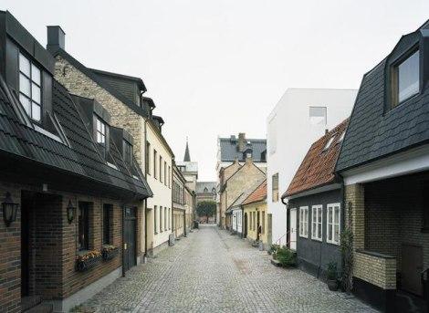 Toranj Usred Uspavane Ulice